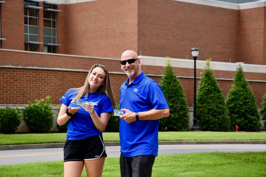 Madisyn and Chuck Searles on the MTSU campus